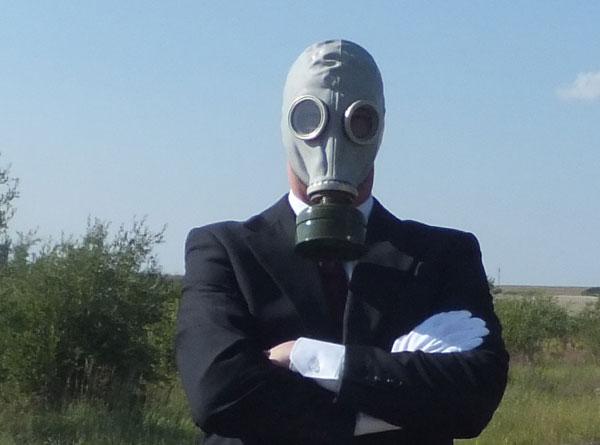 Dustin in gas mask